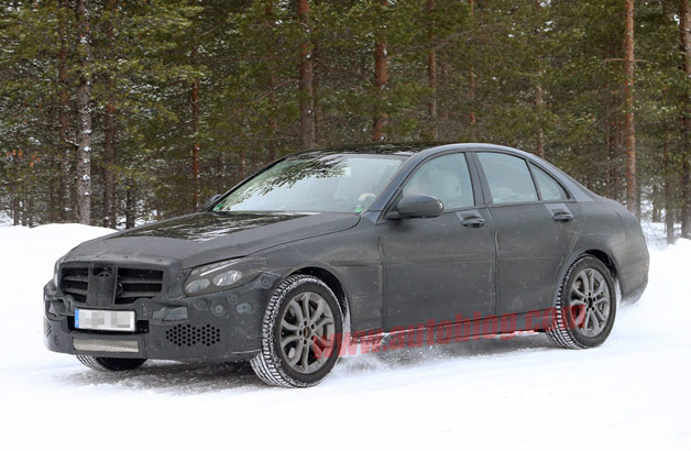 001 mercedes benz c class spy shots628opt  Next Mercedes Benz C Class spotted in the snow