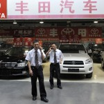 China considering upping hybrid car incentives