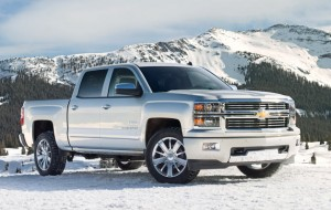 628x398x2014 chevrolet silveradohighctry 628.jpg.pagespeed.ic .VgtKjE9qiK 300x190 Chevy sees greener pastures with 2014 Silverado High Country