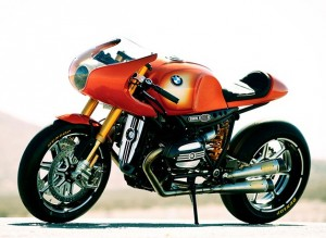 628x459xbmw concept 90.jpg.pagespeed.ic .3 UcACD1lE 300x219  BMW Concept 90 Motorcycle debuts at Villa dEste
